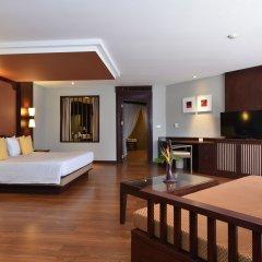 Отель Novotel Samui Resort Chaweng Beach Kandaburi 4* Улучшенный семейный номер с различными типами кроватей