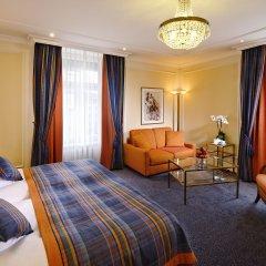 Отель Schweizerhof Zürich 4* Номер Делюкс с различными типами кроватей фото 4