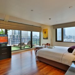 Siri Sathorn Hotel 4* Люкс с различными типами кроватей