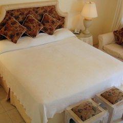 Beachcombers Hotel 3* Номер Делюкс с различными типами кроватей