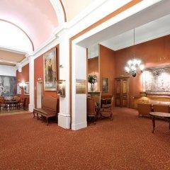 Hotel Regina Вена вестибюль