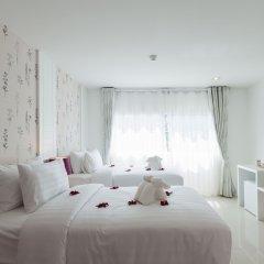 Отель Patong Holiday 3* Улучшенный номер разные типы кроватей