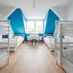 Moon Hostel Кровать в общем номере с двухъярусной кроватью