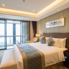 Отель Golden Tulip Suzhou Residence 4* Люкс с различными типами кроватей