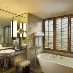 Отель Conrad Bangkok Таиланд, Бангкок - отзывы, цены и фото номеров - забронировать отель Conrad Bangkok онлайн ванная фото 2