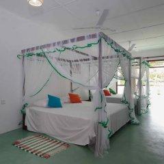 Отель FEEL Villa 2* Стандартный семейный номер с двуспальной кроватью фото 14