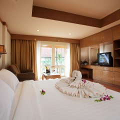 Отель Horizon Patong Beach Resort And Spa 4* Стандартный номер фото 2