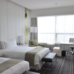 Grand Mercure Shanghai Century Park Hotel комната для гостей фото 2
