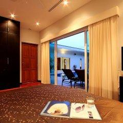 Отель Phuket Lagoon Pool Villa комната для гостей фото 11