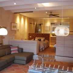 Отель Arianella B&B Penedes 3* Люкс с различными типами кроватей