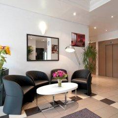 Отель Aparthotel Adagio access Vanves Porte de Versailles лобби