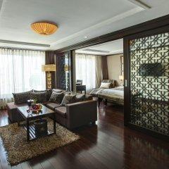 Golden Lotus Luxury Hotel 3* Люкс повышенной комфортности с различными типами кроватей
