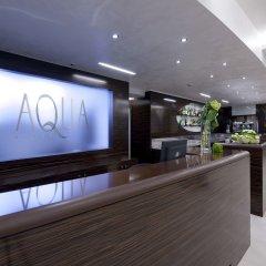 Aqua Hotel ресепшен