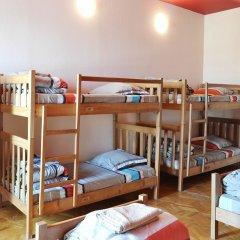 Хостел M42 Кровать в общем номере с двухъярусной кроватью