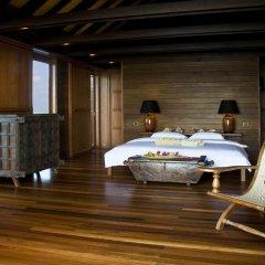 Отель Gangehi Island Resort 4* Вилла Делюкс с различными типами кроватей