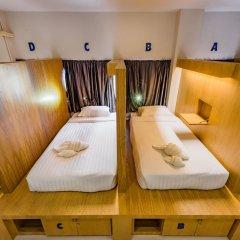Отель Phuket Marine Poshtel 2* Кровать в общем номере с двухъярусной кроватью фото 2