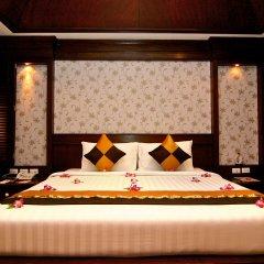 Rayaburi Hotel Patong 4* Номер Делюкс фото 2