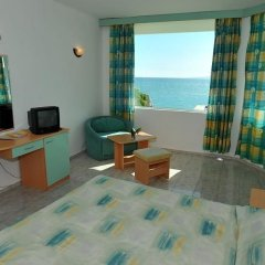 Отель Oasis 3* Студия