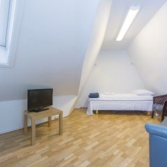 Stavanger Lille Hotel & Cafe 3* Номер категории Эконом с 2 отдельными кроватями (общая ванная комната)