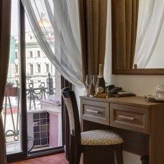 Мини-отель Соло на набережной реки Мойки 82 Улучшенный номер с различными типами кроватей