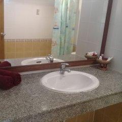 Отель Ban Tyrol раковина ванной комнаты