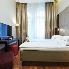 GLO Hotel Helsinki Kluuvi 4* Номер категории Эконом с двуспальной кроватью