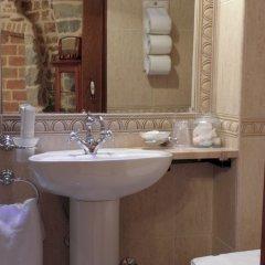 Отель Villa Duomo раковина ванной комнаты