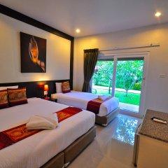 Phuket Airport Hotel комната для гостей фото 8
