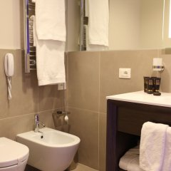DoubleTree by Hilton Hotel Yerevan City Centre ванная