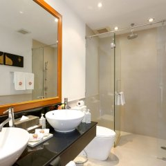 Отель Angsana Villas Resort Phuket ванная фото 3