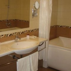 Гостиница Максима Панорама ванная