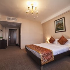 Hotel Classic 4* Люкс с разными типами кроватей