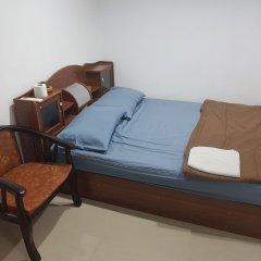 Отель Royal Inn Kitchen and Bar 3* Стандартный номер с разными типами кроватей