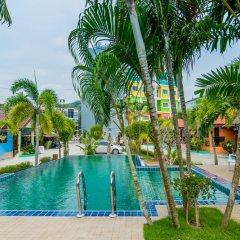 Отель Phaithong Sotel Resort открытый бассейн