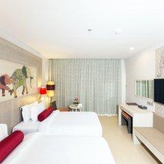 Отель Ramada by Wyndham Phuket Deevana Patong Номер Делюкс с различными типами кроватей фото 2