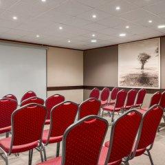 Отель NH Brussels Carrefour de l'Europe конференц-зал фото 8
