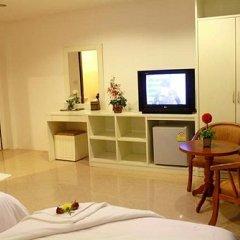 Отель Triple Rund Place 3* Улучшенный номер с различными типами кроватей фото 3