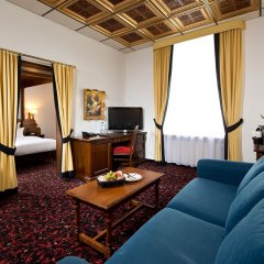 Kings Hotel First Class 4* Люкс с различными типами кроватей фото 6