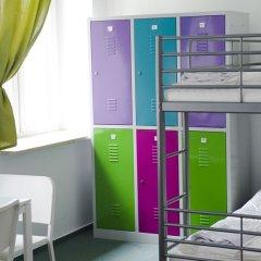 Patchwork Warsaw Hostel Кровать в общем номере с двухъярусной кроватью фото 5