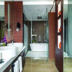 Отель The Langham, Shanghai, Xintiandi ванная фото 2
