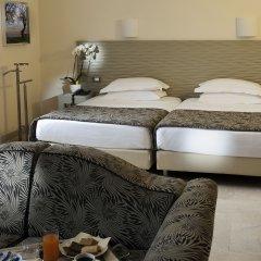 Hotel Garibaldi 4* Полулюкс с двуспальной кроватью