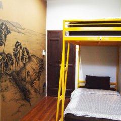 Phuket Sunny Hostel Улучшенный номер