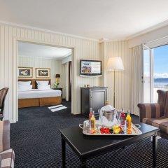 Hotel Barriere Le Majestic 5* Улучшенный люкс с двуспальной кроватью фото 6