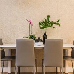 Апартаменты Hintown Apartments Montenapoleone Милан в номере фото 2