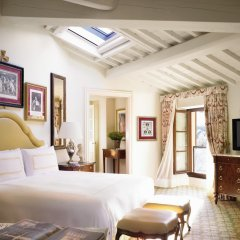 Four Seasons Hotel Firenze 5* Улучшенный номер с различными типами кроватей фото 7