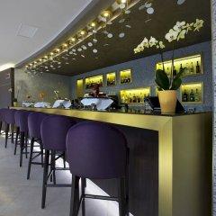 DoubleTree by Hilton Hotel Yerevan City Centre гостиничный бар фото 2