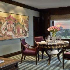 Отель Anantara Siam Bangkok 5* Люкс с разными типами кроватей