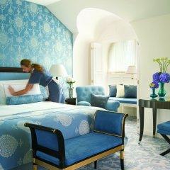 Four Seasons Hotel Prague 5* Люкс с различными типами кроватей фото 9