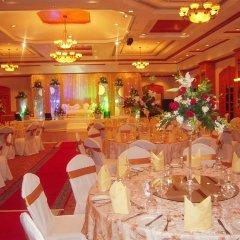 Carlton Palace Hotel банкетный зал фото 3