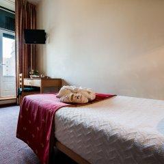 Отель Residencial Lar do Areeiro 2* Стандартный номер с различными типами кроватей